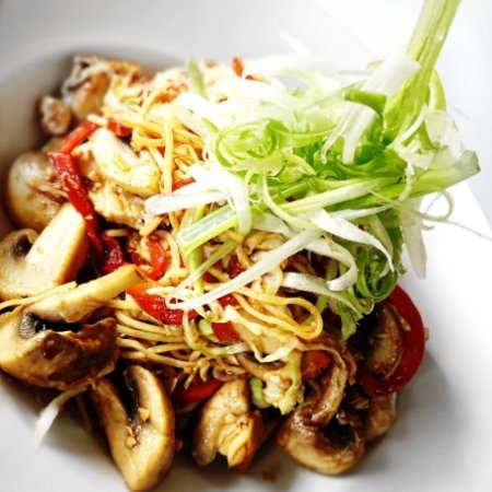 Surrey, Canadá: Sneak Peak Some Sudo Asian Kitchen Menu Items, Available NOW At Any JRG Restaurant or Public Hou