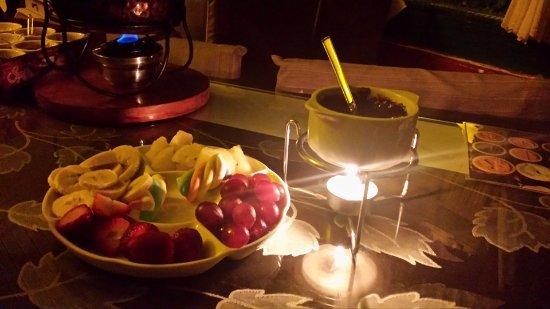 Fondue de chocolate foto de restaurante shangri l serra negra tripadvisor - Fondue de chocolate ...