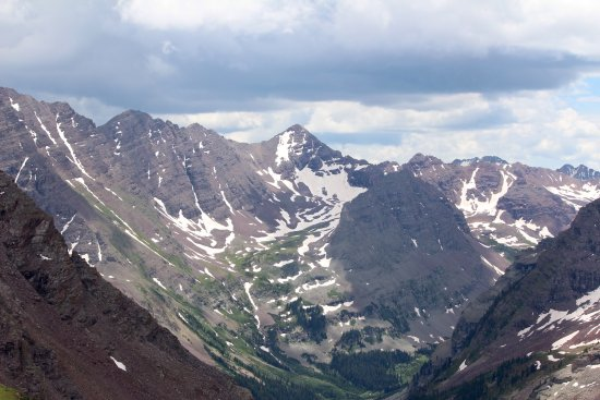 West Maroon Trail: Amazing, and worth the difficult hike!!