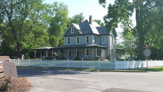 Elizabethton, TN: Going back in time