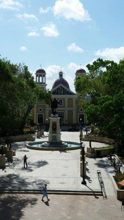 Howard Johnson Downtown Mayaguez: 20160629_094017_large.jpg