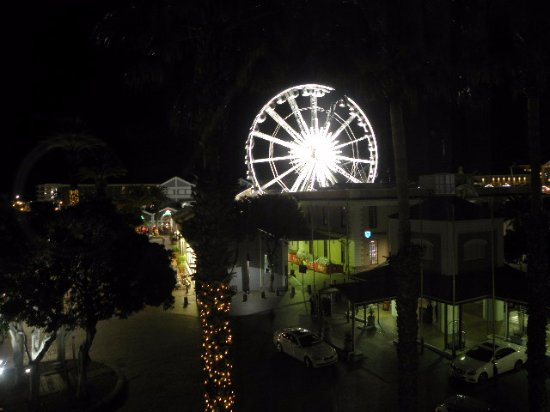 Victoria & Alfred Hotel: The Cape Wheel