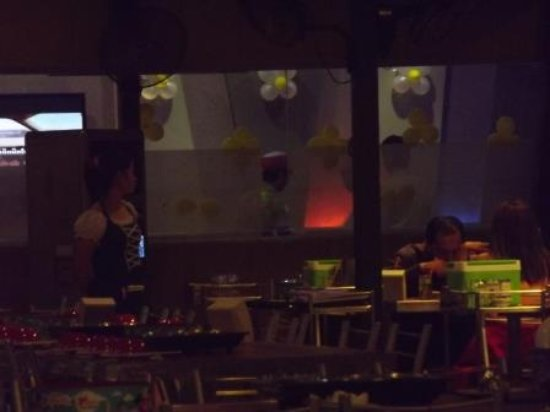 Master Suki Soup & Munich Beer - Sothearos: 奥にははファミリー用の個室がありました