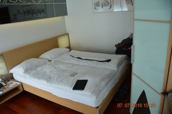 Hotel Krone Unterstrass: bed