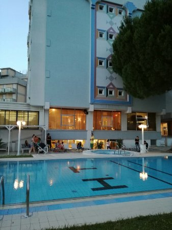 Hotel Tiffany's: IMG_20160616_210416_large.jpg