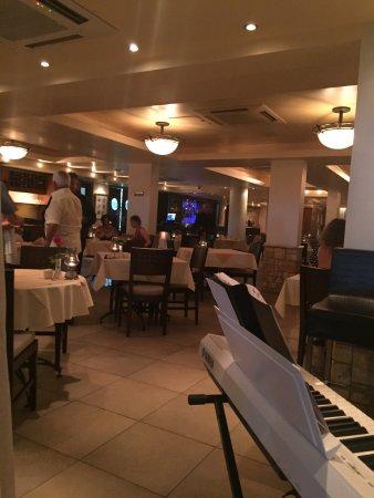 Sage Restaurant & Wine Bar: photo1.jpg