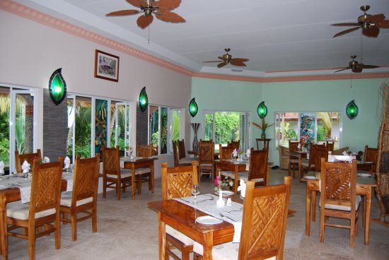 Islander Hotel