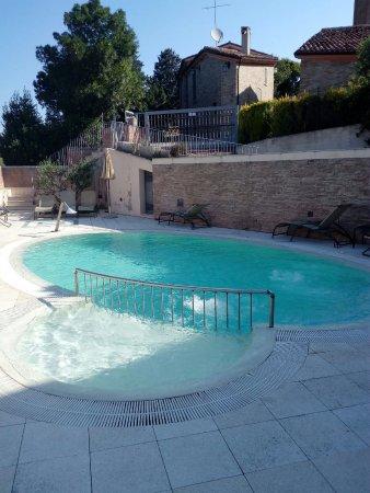 Serrungarina, Ιταλία: Casa Oliva