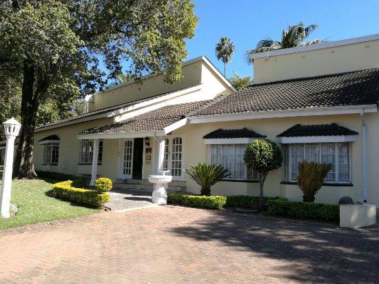 La Barune Guest House