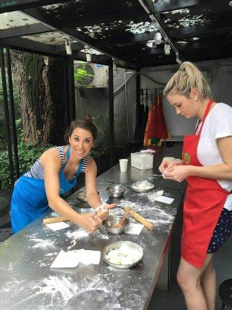 UnTour Shanghai - Culinary Tours & More: FB_IMG_1467452187441_large.jpg