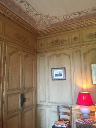 Denice, France : original panels & ceiling in the dining room