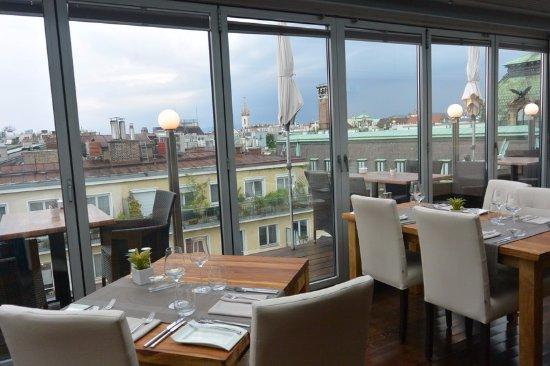 """Hotel Royal: Restaurante """"Septimo Cielo"""" en la cubierta del Hotel"""