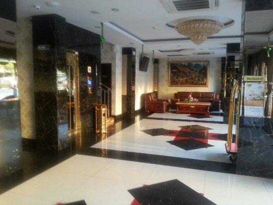 Cardinal Lucky Star Hotel Batam