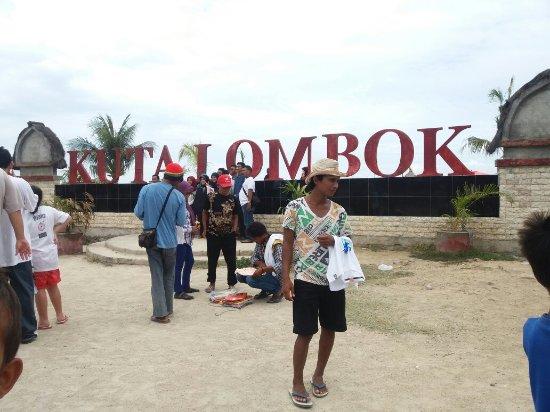 Kuta Beach - Lombok: 20160709_135535_large.jpg