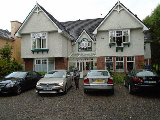 Fuchsia Guest House: Die Straßenseite des Hauses