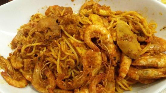 Mahres, ตูนิเซีย: Restaurant La Goulette Sfac Rue Majida Boulila