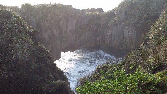 Punakaiki, New Zealand: Views from the walkway