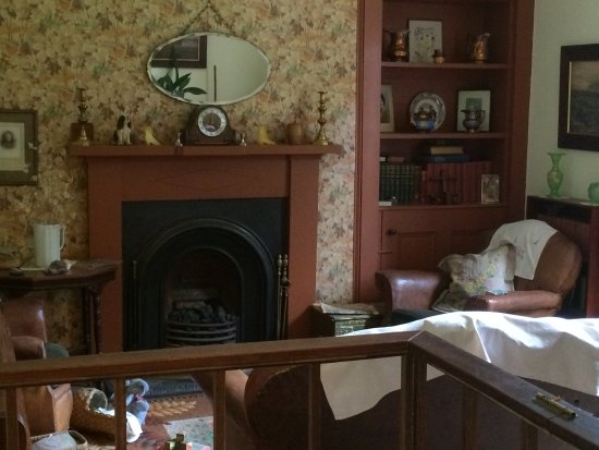 Newtonmore, UK: The living area inside the sweet shop