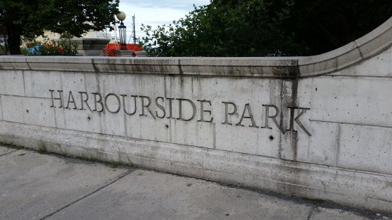 ‪Harbourside Park‬