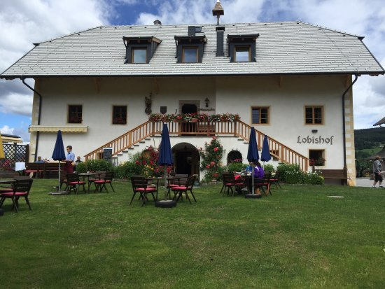 Gasthaus Lobishof: Posto bellissimo in mezzo ai pascoli!