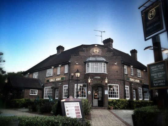 Image Kings Arms in South East