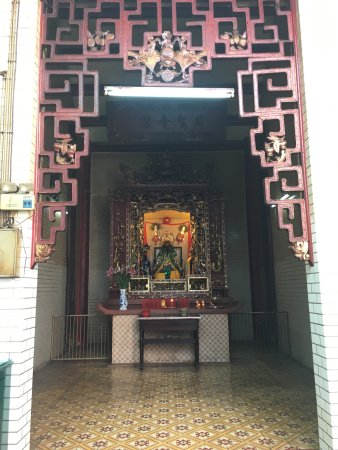 Ba Thien Hau Temple: photo7.jpg