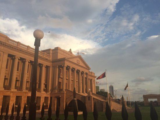 Old Parliament Building : photo0.jpg