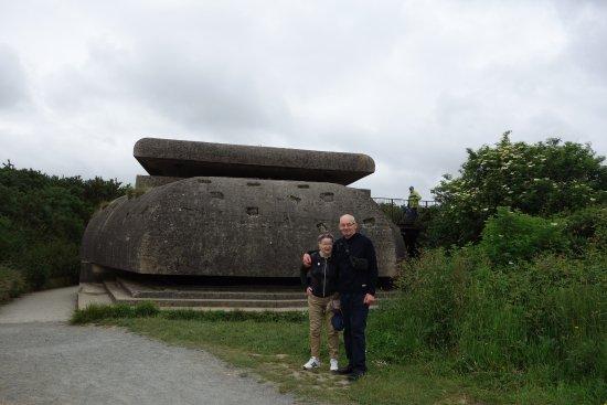 Longues-sur-Mer, Frankrig: le bunker principal