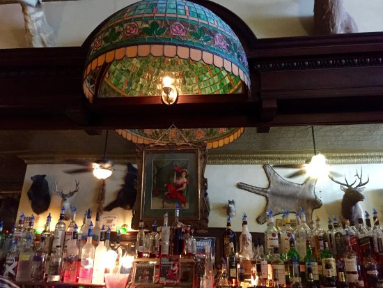 The Historic Occidental Hotel & Saloon and The Virginian Restaurant: The Occidental Saloon