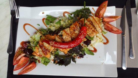 Restaurante de Fabula Mediterranea : Spice Chicken Salad