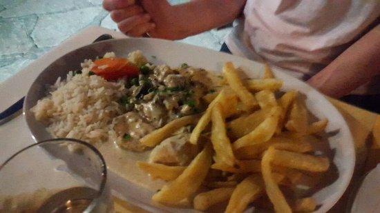 Hide-Away Restaurant : 20160714_184344_large.jpg