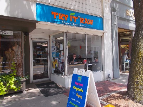 Birmingham, ميتشجان: TRY IT RAW Birmingham Michigan