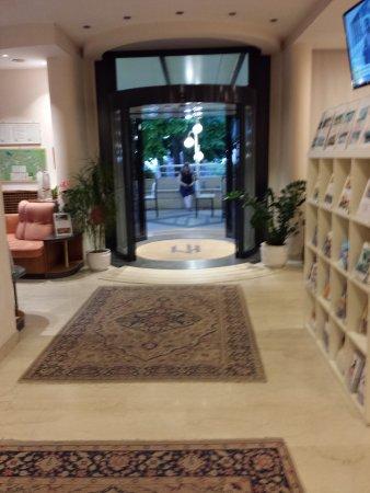 Hotel Miralaghi: ingresso Hotel.