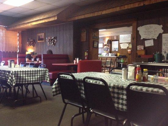 Barnesville, GA: Pastime Grill