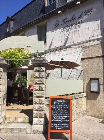 Loches, França: façade avec menu du jour