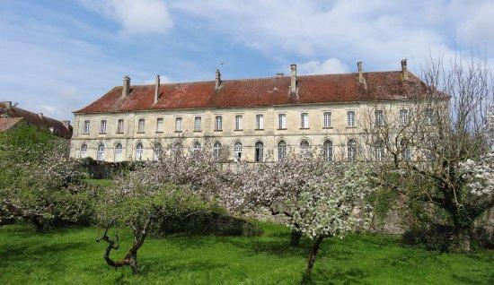 Palais Abbatial de Moutiers Saint Jean