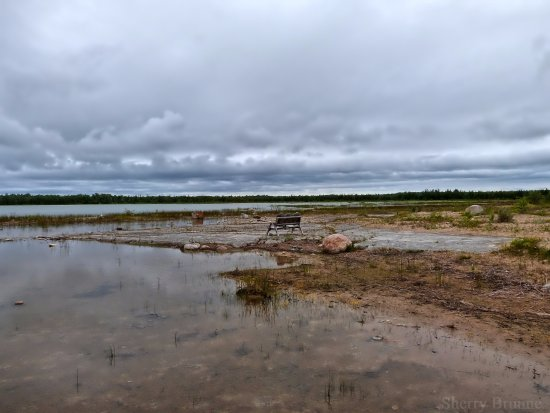Manitoulin Island, Canadá: This is one of the benches, resting area, just beautiful