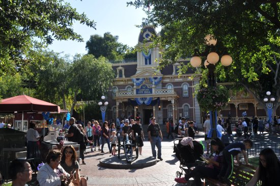 Disneyland City Hall Picture Of Disneyland Park Anaheim - What city is disneyland in