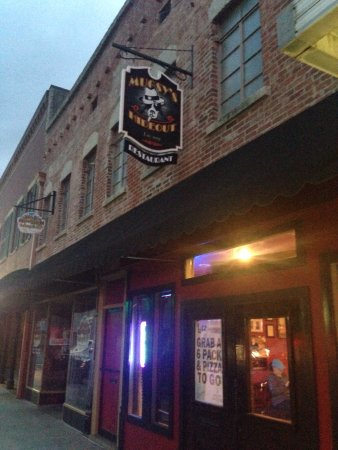 Murray, KY: Mugsy's Hideout LLC