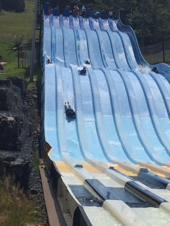 Camelbeach Mountain Waterpark: photo0.jpg