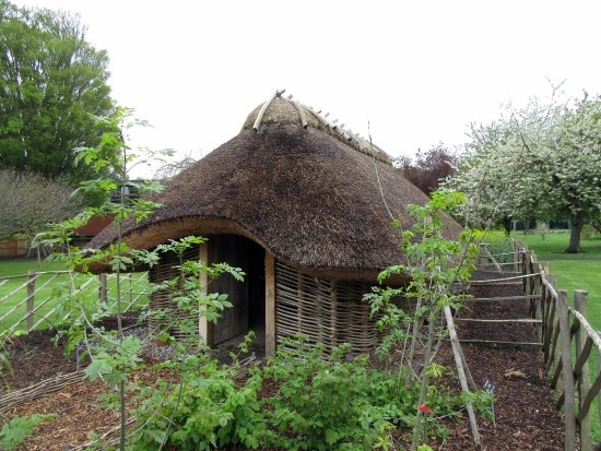 National Botanic Gardens: Thatched Roof Hut In The Garden Area