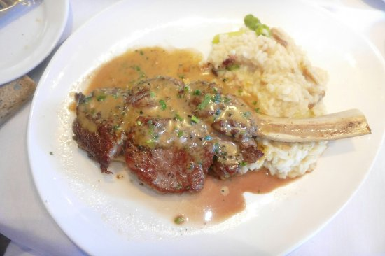 Piermont, NY: Menu and my veal chop special