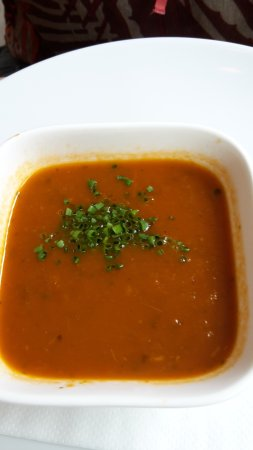 Elst, Nederländerna: tomato soup (with a bit too much hot pepper)