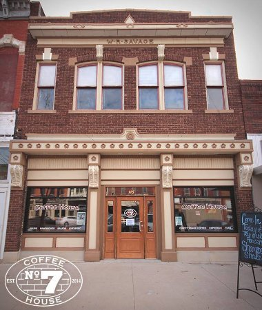 Wellington, KS: Front of Building