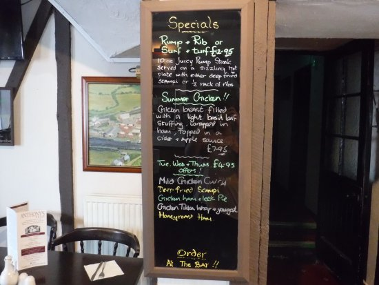 Kidwelly, UK: Their specials board. Yum yum
