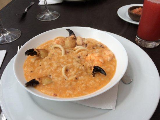 Pirque, شيلي: Risoto de frutos do mar com patas de carangueijo