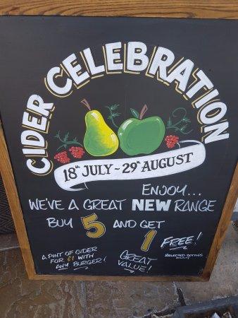Rochford, UK: Free Cider!