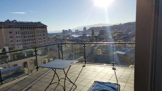 BEST WESTERN City Hotel: Sympa, propre mais mérite des retouches.