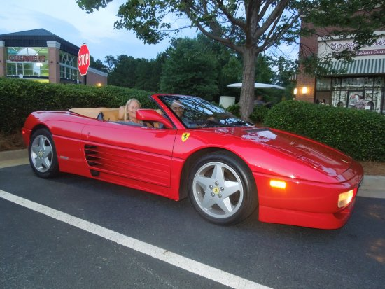‪‪Peachtree City‬, جورجيا: Ferrari 348 Spider, in front of Borgo Italia‬