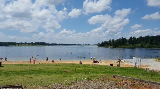 Huntingdon, TN: Carroll County Thousand Acre Recreation Lake